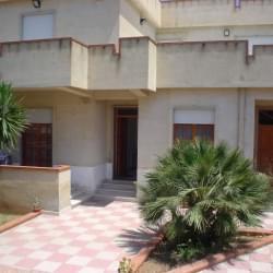 Casa Vacanze Villa D'amico A Pochi Passi Dal Mare Tonnarella